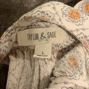 Taylor & Sage Tops - Cold shoulder top